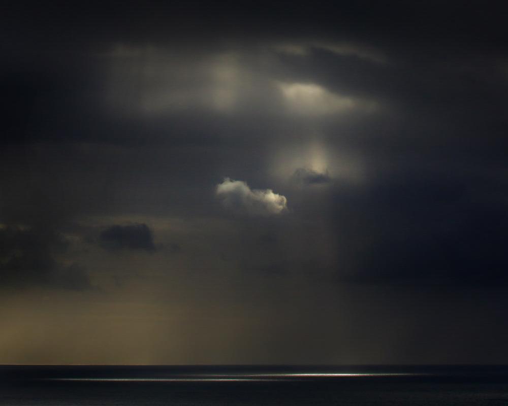 spotlight-on-the-ocean